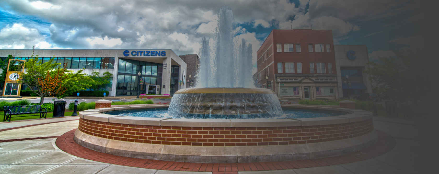 Somerset Square with Citizens Bank in background.